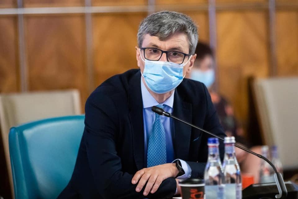Virgil Popescu: În Guvern, vom acţiona modificând Legea Energiei electrice şi a gazelor naturale să stabilim cum facem această liberalizare, dacă ANRE-ul nu poate să o facă; nu trec oamenii obligatoriu în serviciul universal care e mai scump