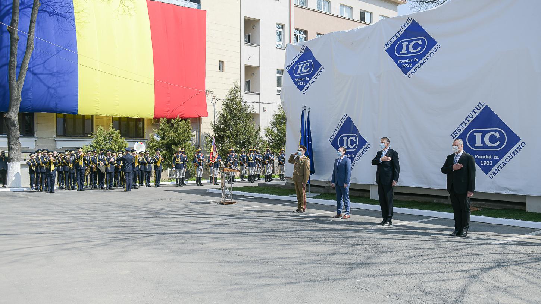 Cîţu: România, reprezentată de 9 companii şi două institute în grupul de lucru al CE pentru creşterea producţiei de vaccinuri anti-COVID. Reparăm catastrofele din timpul guvernării PSD, când institutul Cantacuzino a fost desfiinţat şi îngropat