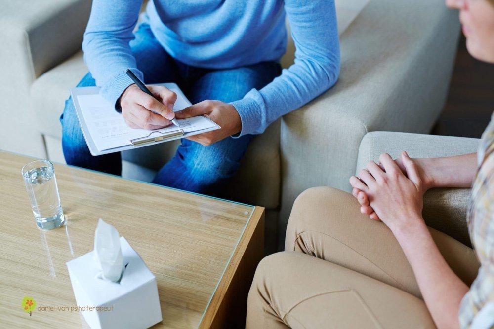 STUDIU: Peste o treime dintre oameni, afectaţi de anxietate şi depresie în timpul pandemiei